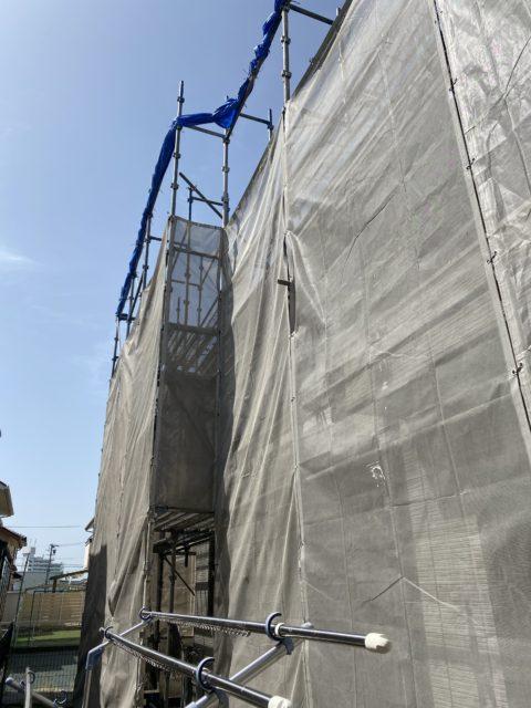 太陽光メンテナンス用足場の組み立てを行いました。